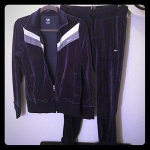 Nike jacket and pants size medium